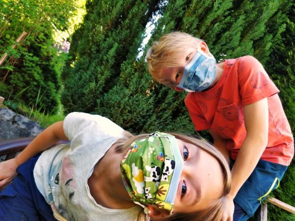 Mund- und Nasenmaske Kinder (mit Gummizug)