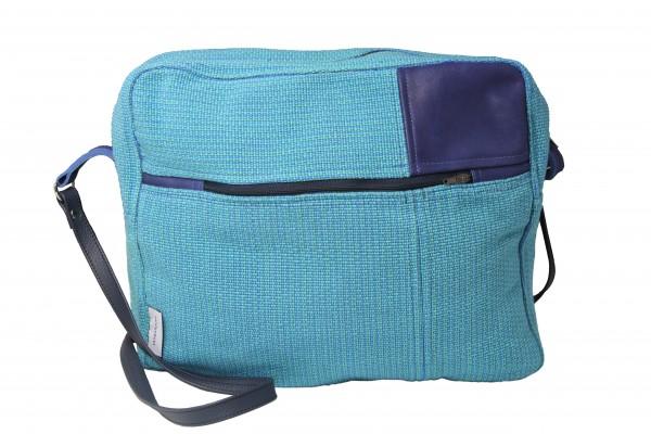 Umhängetasche mit Reißverschluss und Außentasche